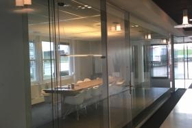 Ganzglastrennwand ohne Rahmen (Trennwände, Trennwand, Ganzglas, Vollglas)