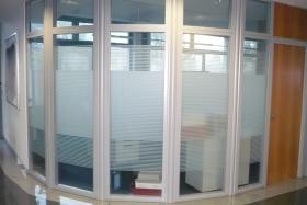 Ganzglaselement rund mit Rahmen (Trennwände, Trennwand, Ganzglas, Vollglas)