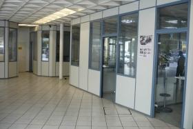 Teilglas Verkäuferkabinen im Autohaus (Trennwände, Trennwand, Teilglas, Teilverglast)