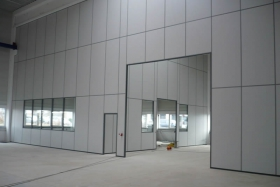 Vollwandelemente bis 12 m in Lagerhalle (Trennwände, Trennwand, Vollwand)